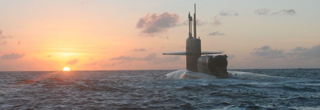 5년간 300조 군비증강, 핵잠수함도 추진