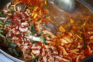 쑥굴리·수구레국밥·올챙이국수…이름도 맛도 별난 향토음식
