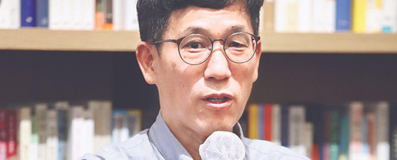 """""""또 후보라니 무책임"""" 진중권이 올린 5년전 文 발언"""