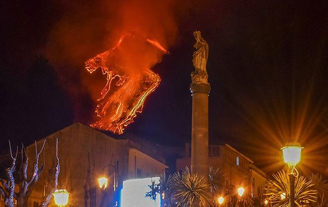 시칠리아 에트나 화산 일주일째 분출, 50만년간 용암 쏟아내