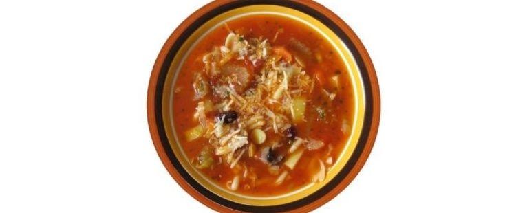 라마단 기간 중 해 진 후 수프 끓여먹는 알제리