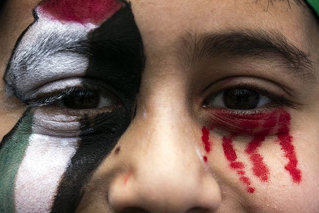 """[이 시각] """"전쟁이 아니라 학살""""  팔레스타인 공격 이스라엘 세계가 규탄"""