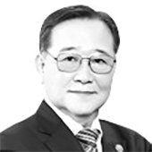 이홍구 전 국무총리 유민문화재단 이사장