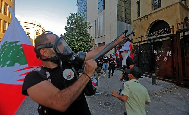 [이 시각] 베이루트 대폭발 1년, 반정부 시위로 84명 부상